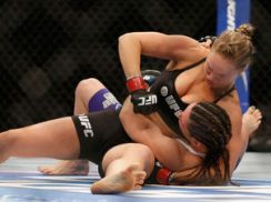 Ronda-Rousey-FOTO-Getty-Images_LANIMA20140706_0004_37
